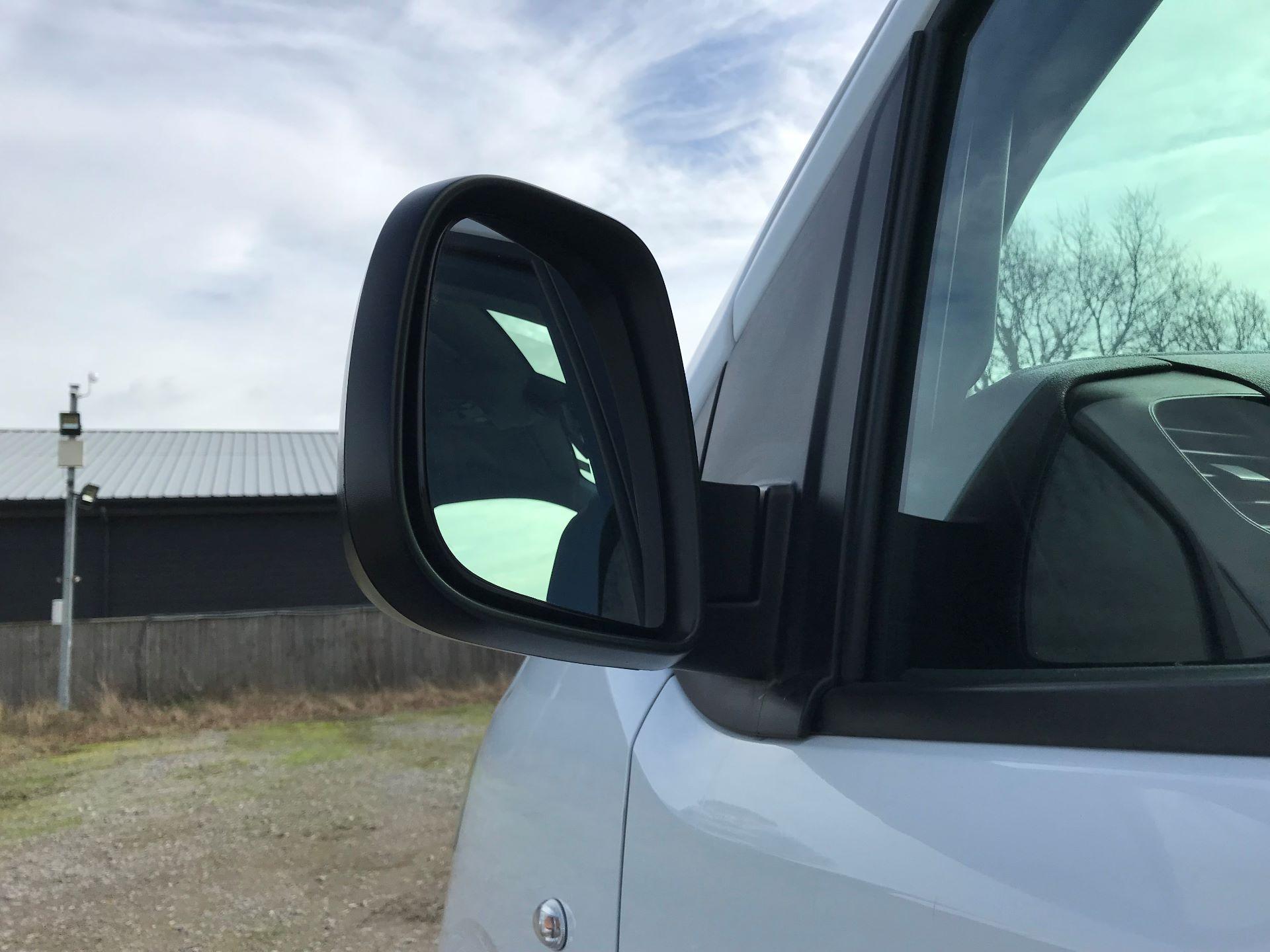2018 Peugeot Expert  STANDARD 1000 1.6 BLUEHDI 95 S EURO 6 (NU68OFJ) Image 13