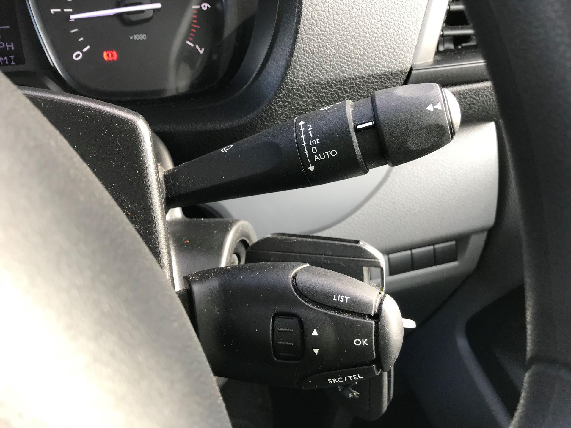 2018 Peugeot Expert  STANDARD 1000 1.6 BLUEHDI 95 S EURO 6 (NU68OFJ) Image 29