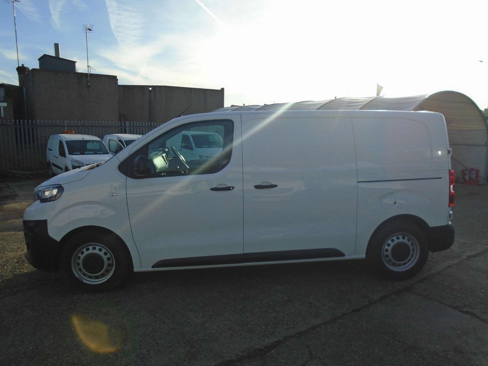 2018 Peugeot Expert 1000 1.6 Bluehdi 95 Professional Van (NU68OFL) Image 4