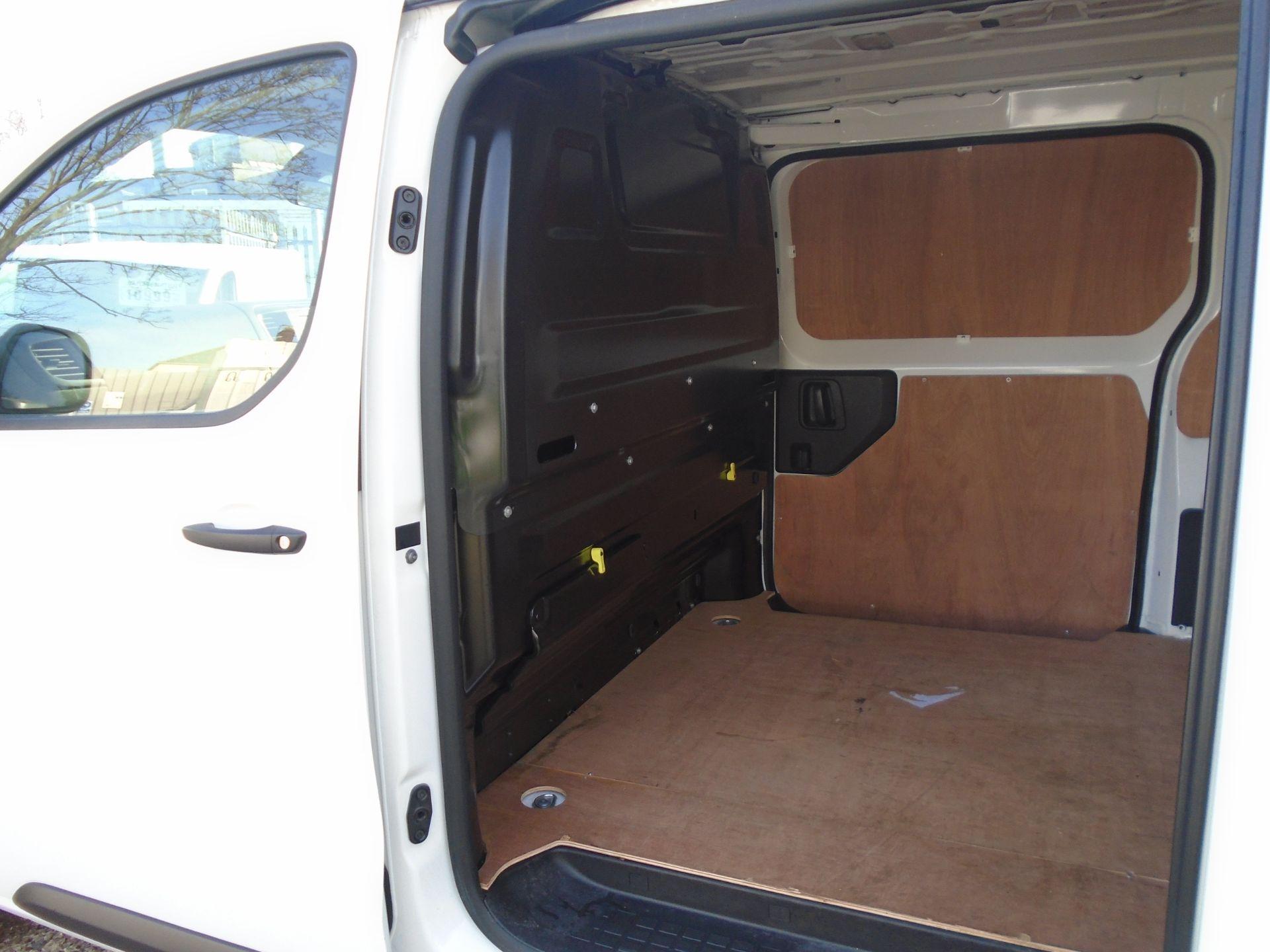 2018 Peugeot Expert 1000 1.6 Bluehdi 95 Professional Van (NU68OFL) Image 6