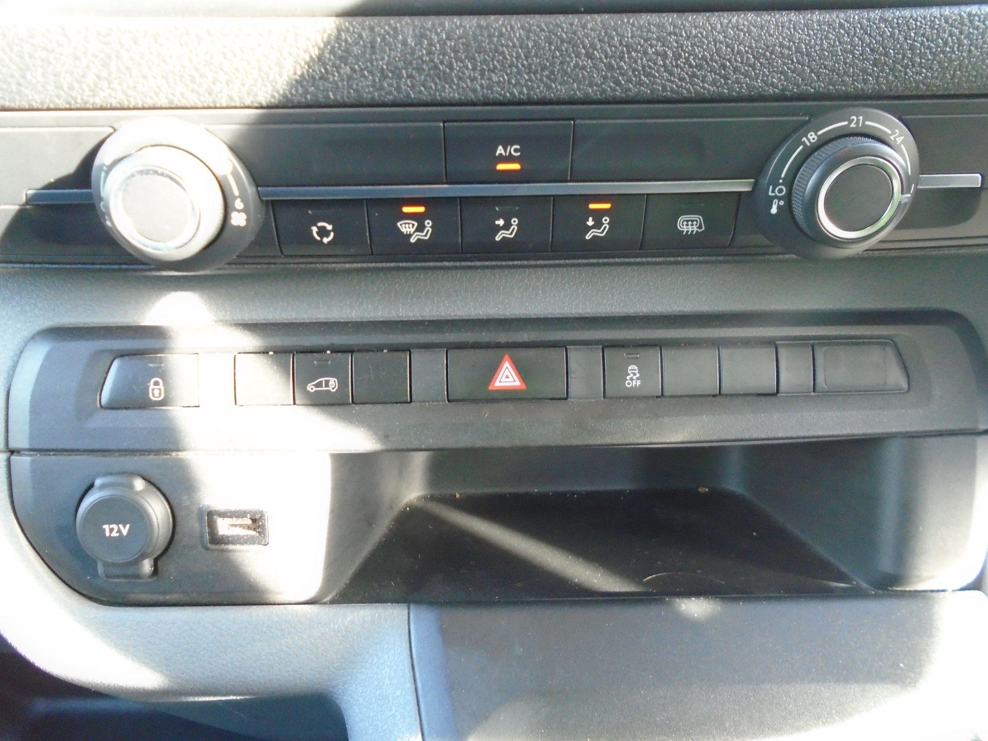 2018 Peugeot Expert 1000 1.6 Bluehdi 95 Professional Van (NU68OFL) Image 23