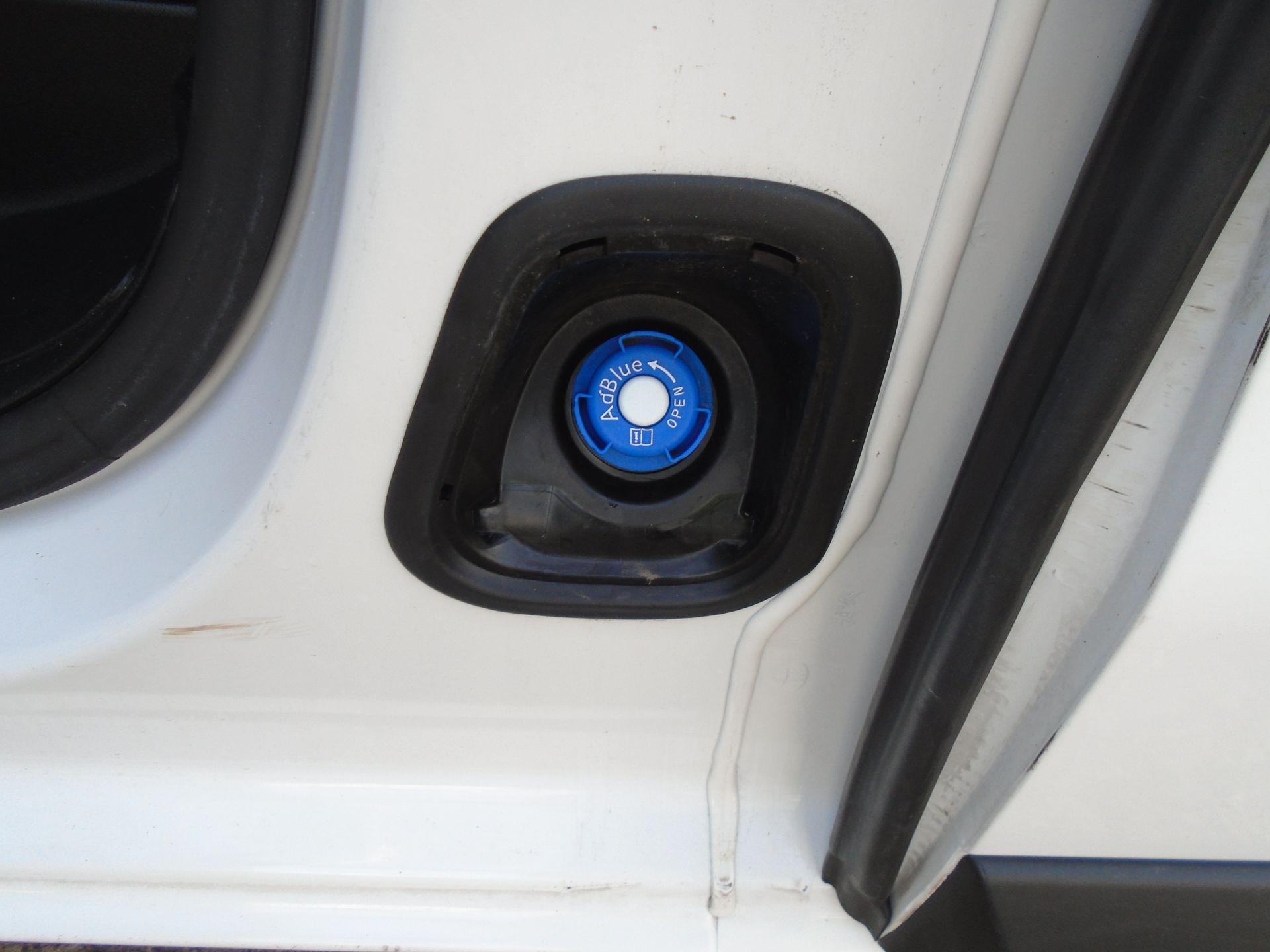 2018 Peugeot Expert 1000 1.6 Bluehdi 95 Professional Van (NU68OFL) Image 15