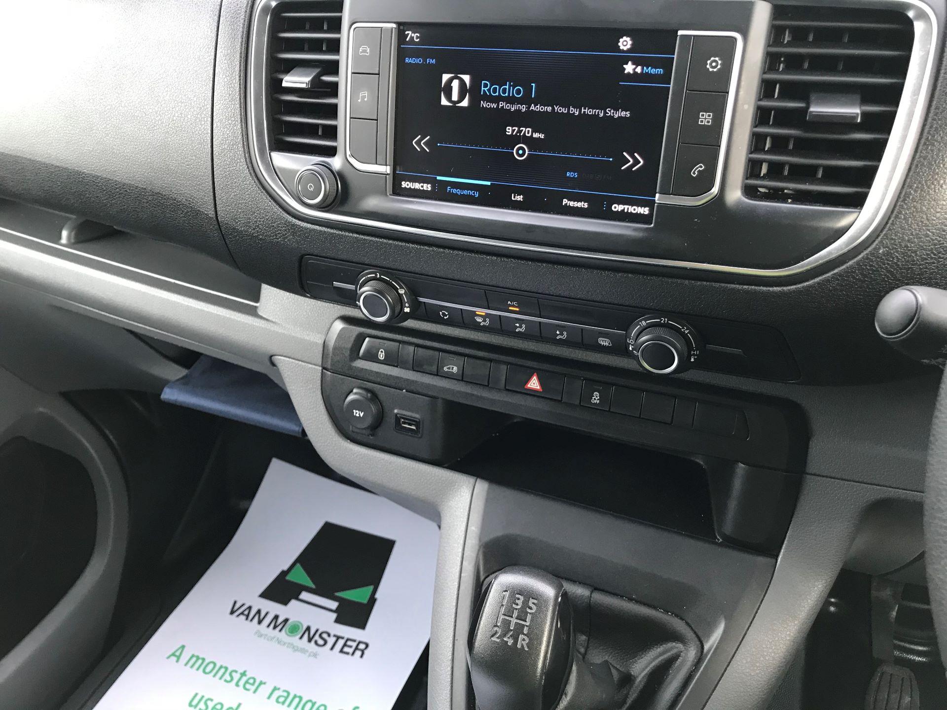 2018 Peugeot Expert 1000 1.6 Bluehdi 95 Professional Van (NU68OJS) Image 27
