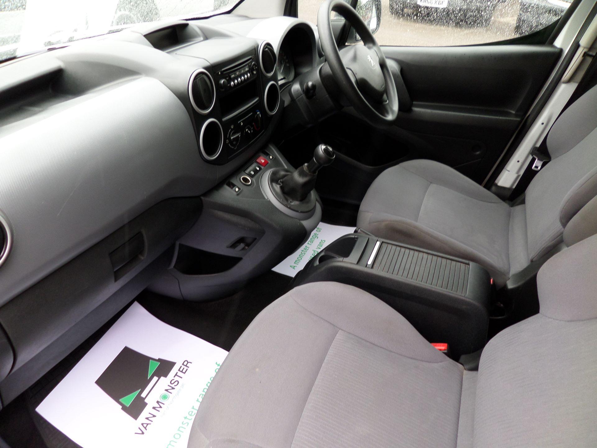 2014 Peugeot Partner 850 S 1.6 Hdi 92 Van [Sld] Euro 5 (NV14CRJ) Image 12