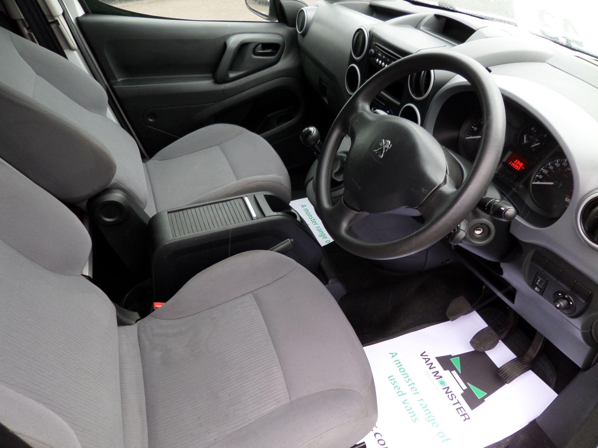 2014 Peugeot Partner 850 S 1.6 Hdi 92 Van [Sld] Euro 5 (NV14CRJ) Image 2