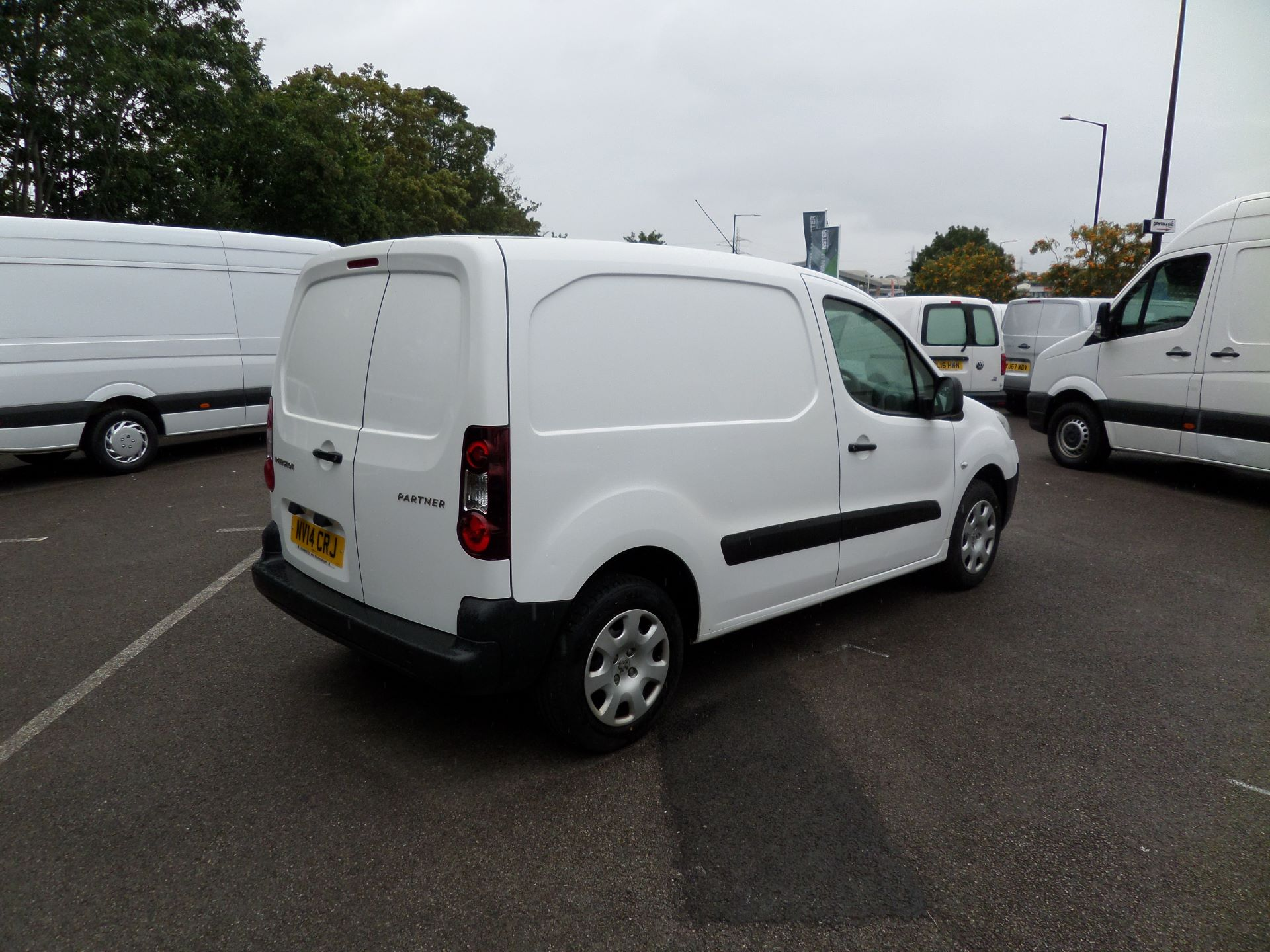 2014 Peugeot Partner 850 S 1.6 Hdi 92 Van [Sld] Euro 5 (NV14CRJ) Image 8
