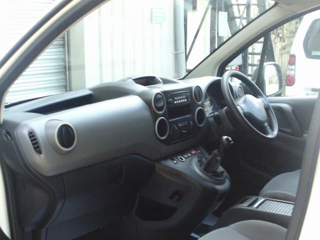 2014 Peugeot Partner L1 850 S 1.6 92PS (SLD) EURO 5 (NV14PPF) Image 17