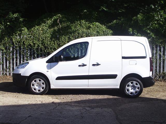 2014 Peugeot Partner L1 850 S 1.6 92PS (SLD) EURO 5 (NV14PPF) Image 8
