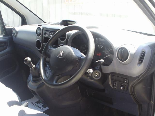 2015 Peugeot Partner L1 850 SE 1.6 92PS EURO 5 (NV15EZD) Thumbnail 18