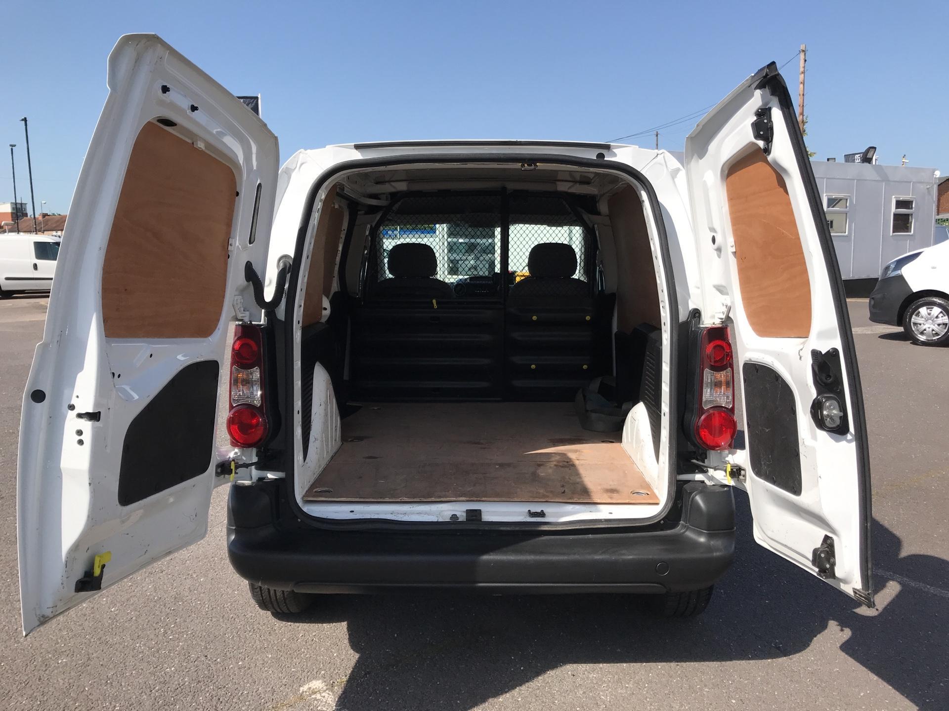 2015 Peugeot Partner  L1 850 1.6 92PS (SLD) EURO 5  (NV15FAO) Image 15