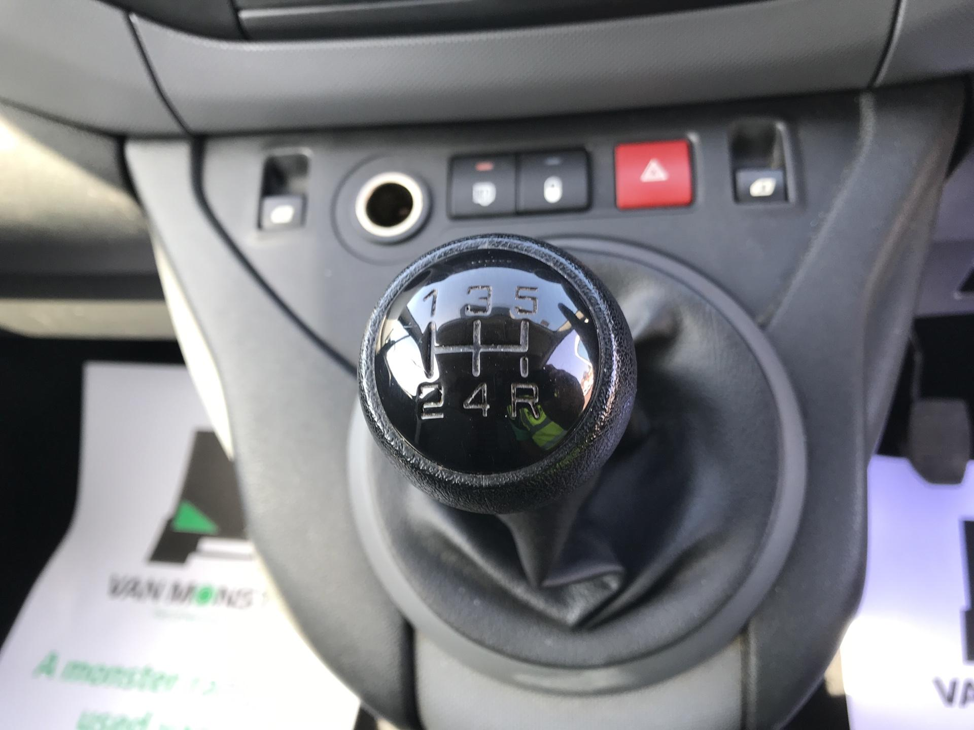 2015 Peugeot Partner  L1 850 1.6 92PS (SLD) EURO 5  (NV15FAO) Image 11