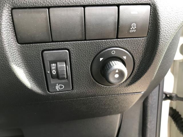 2015 Peugeot Partner L1 850 S 1.6HDI 92PS EURO 5 (NV15HZH) Image 21