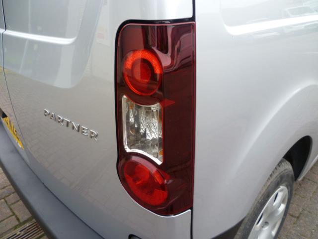 2015 Peugeot Partner 850 S 1.6 Hdi 92 Van [Sld] EURO 5 (NV15MZZ) Image 13