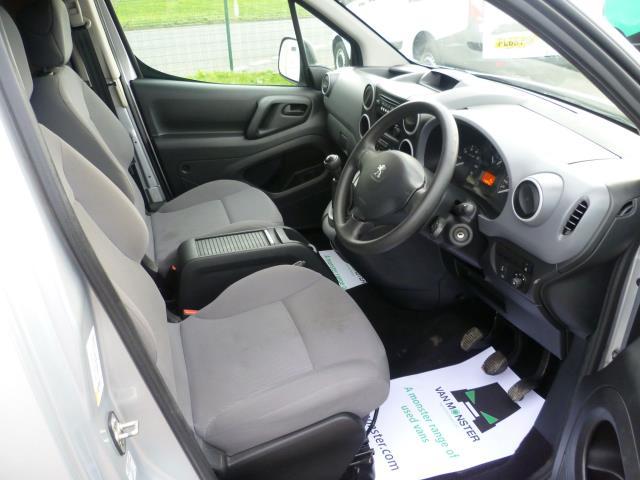 2015 Peugeot Partner 850 S 1.6 Hdi 92 Van [Sld] EURO 5 (NV15MZZ) Image 17