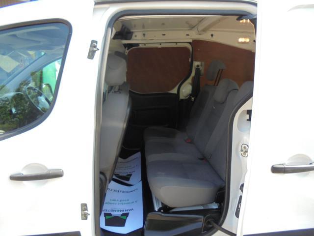 2015 Peugeot Partner  L2 716 1.6 92 CREW VAN EURO 5 (NV15WFR) Image 7
