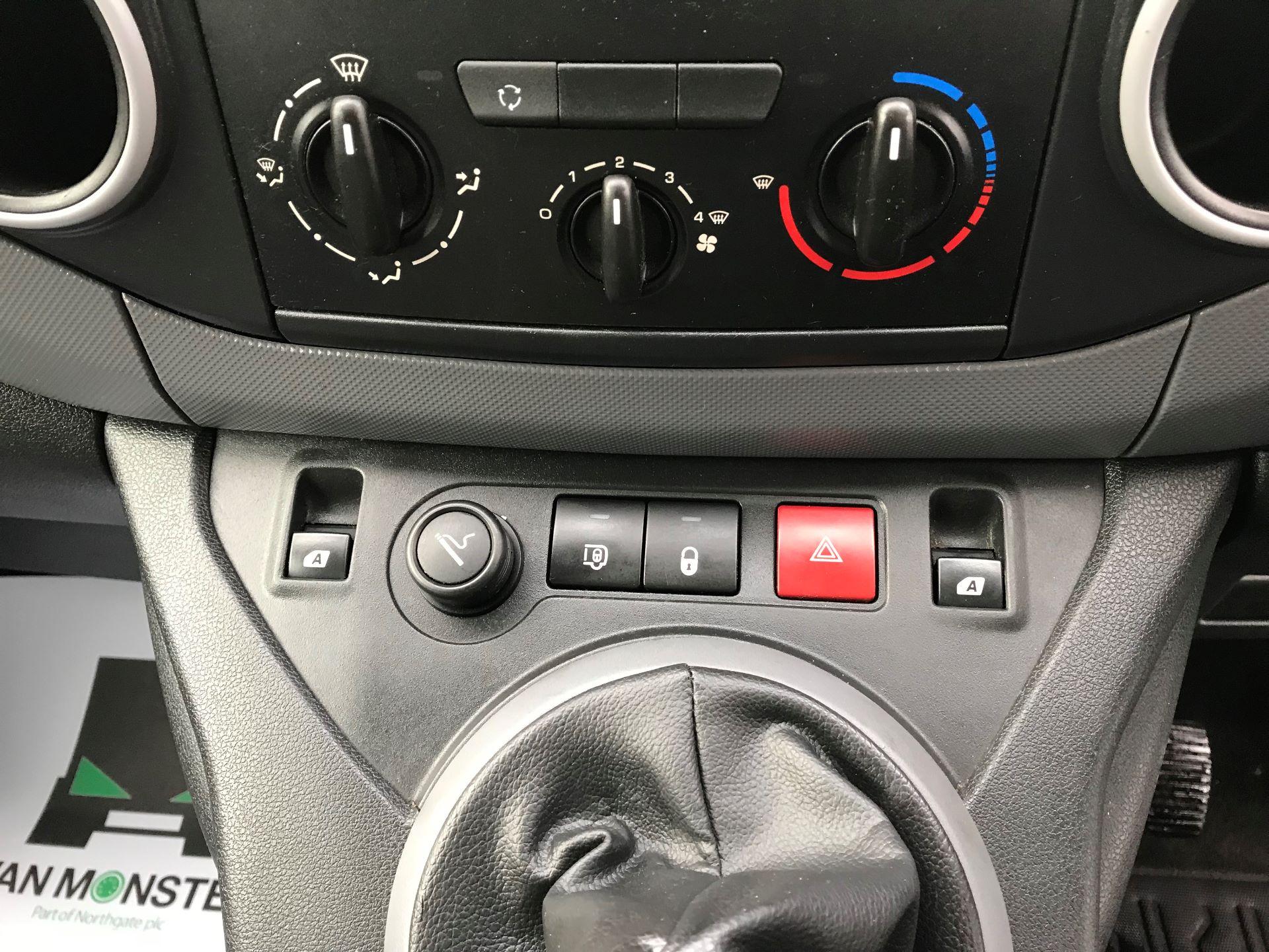 2015 Peugeot Partner 850 S 1.6 Hdi 92 Van [Sld] (NV15XBE) Image 18