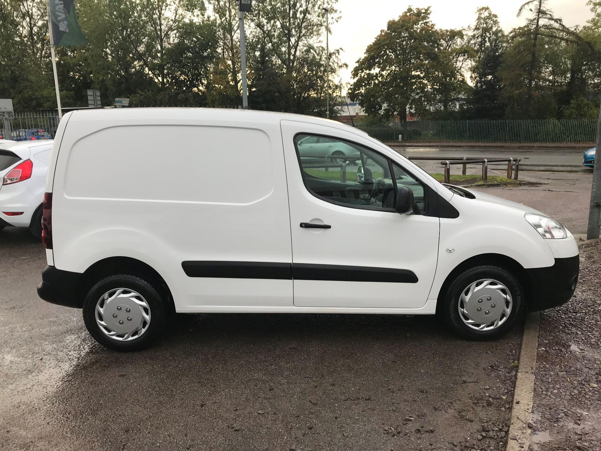 2015 Peugeot Partner 850 S 1.6 Hdi 92 Van [Sld] (NV15XBE) Image 2