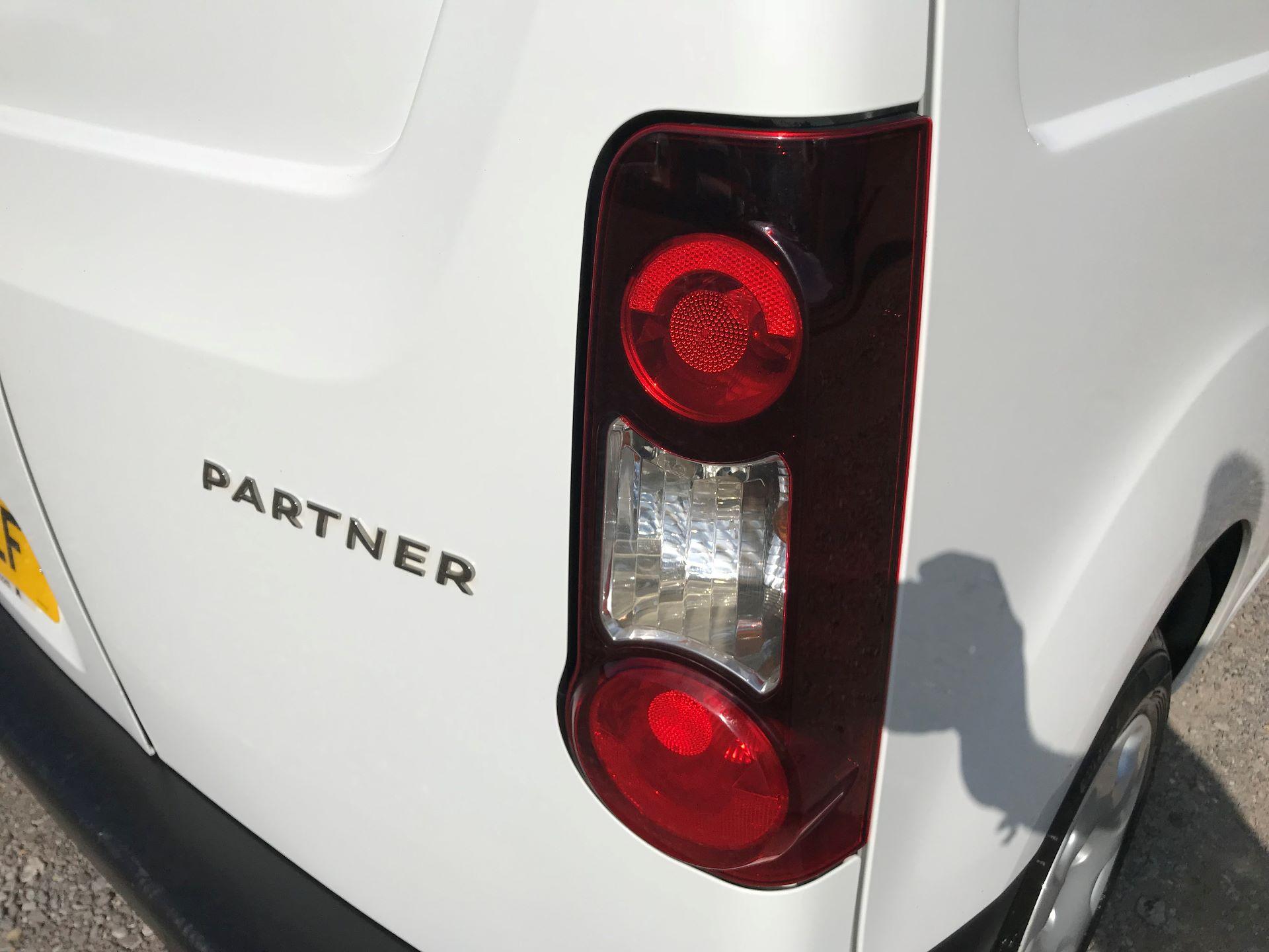2016 Peugeot Partner L1 850 S 1.6 92PS [SLD] EURO 5 (NV16AEF) Image 16