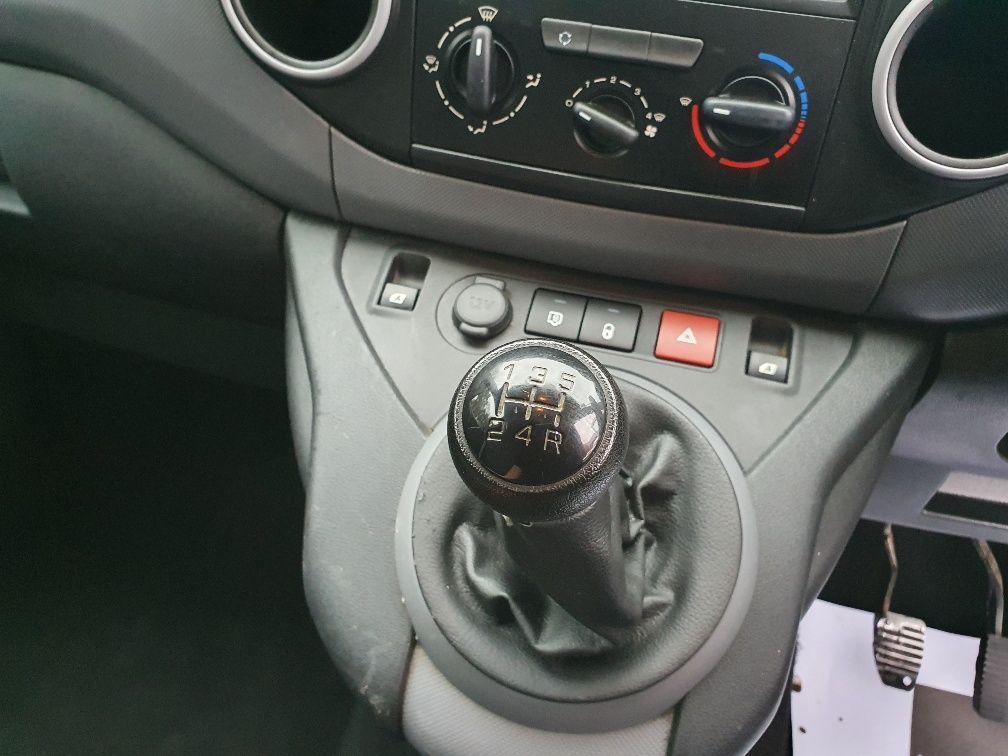 2016 Peugeot Partner 850 S 1.6 Hdi 92 Van [Sld] (NV16AWX) Image 7