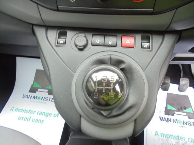 2016 Peugeot Partner L1 850 S 1.6 Hdi 92 Van EURO 5 (NV16HRJ) Image 12