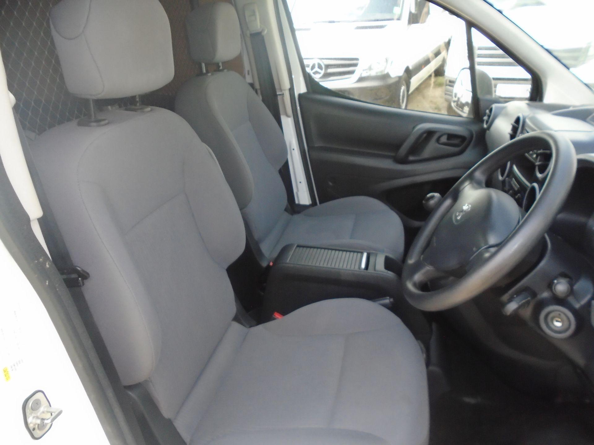 2016 Peugeot Partner 850 S 1.6 Hdi 92 Van [Sld] (NV16OVZ) Image 15