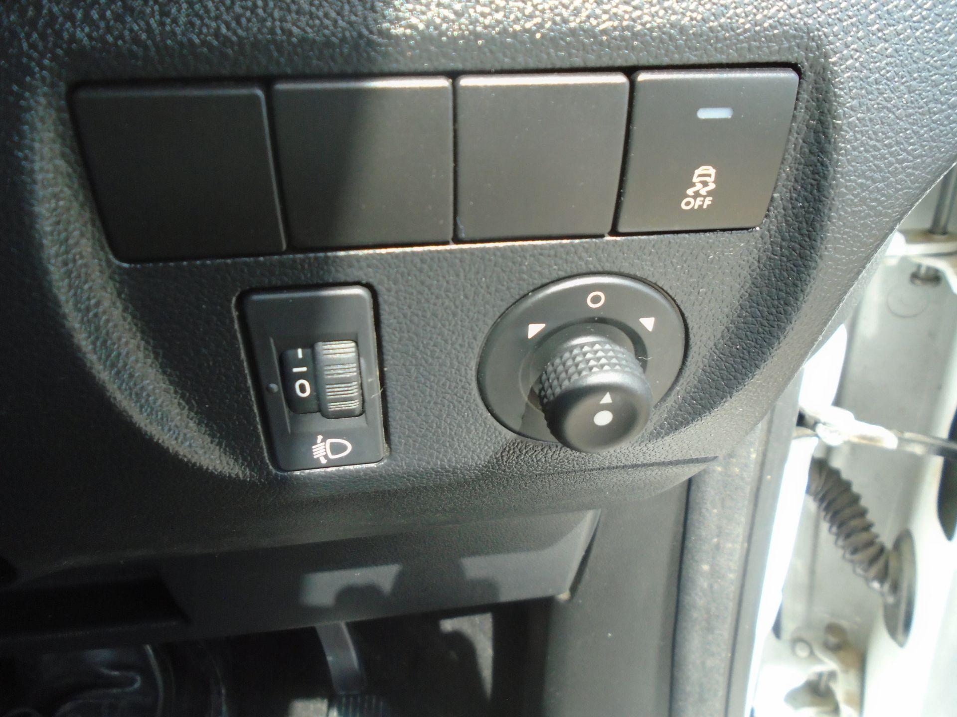 2016 Peugeot Partner 850 S 1.6 Hdi 92 Van [Sld] (NV16OVZ) Image 23