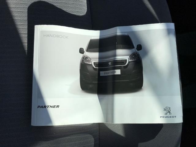 2016 Peugeot Partner L1 850 S 1.6 92PS [SLD] EURO 5 (NV16XVU) Image 24
