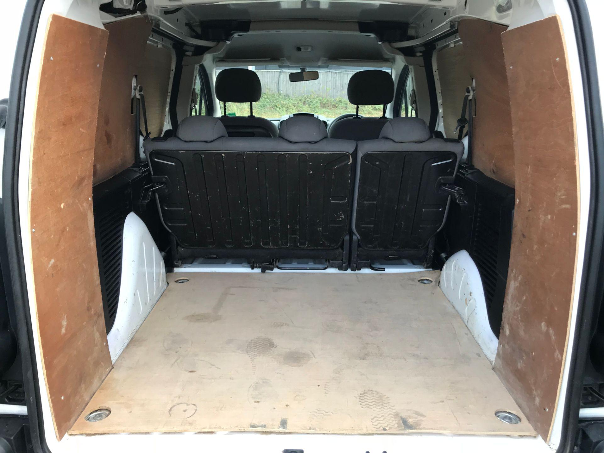 2016 Peugeot Partner 715 S 1.6 Hdi 92 Crew Van (NV16YNL) Image 13
