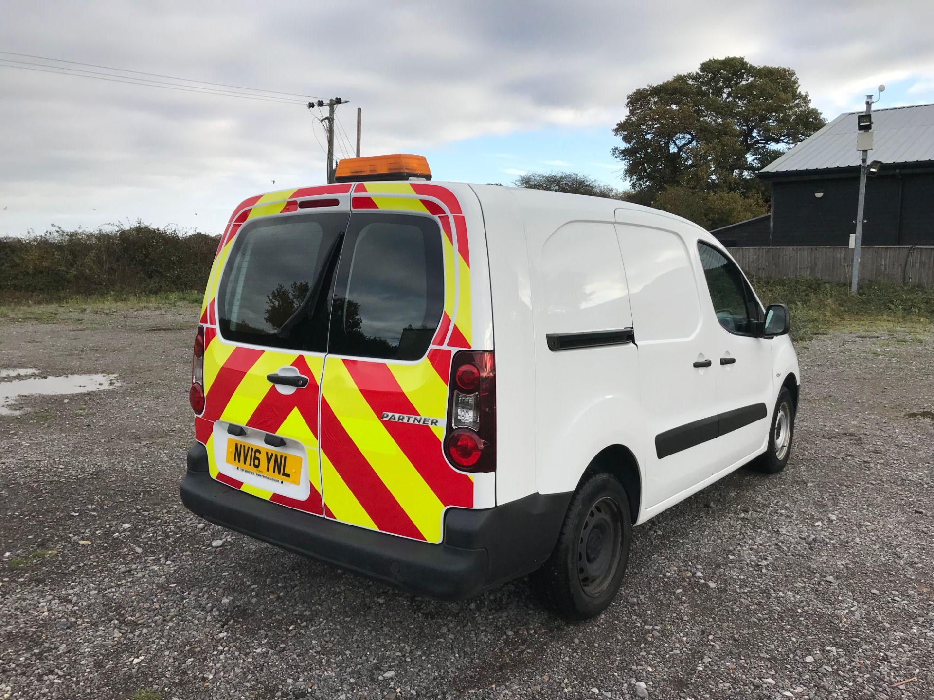 2016 Peugeot Partner 715 S 1.6 Hdi 92 Crew Van (NV16YNL) Image 4