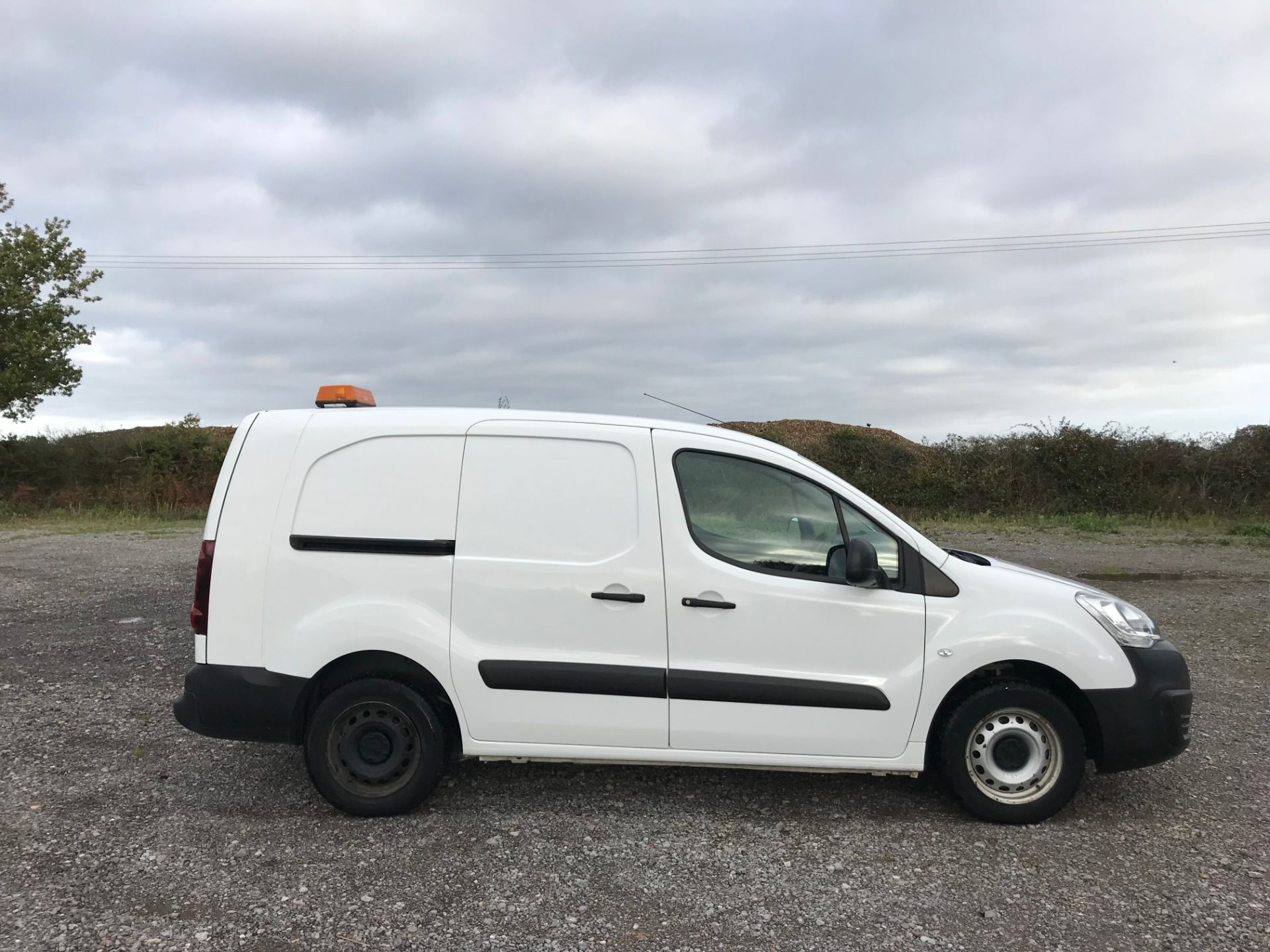 2016 Peugeot Partner 715 S 1.6 Hdi 92 Crew Van (NV16YNL) Image 7