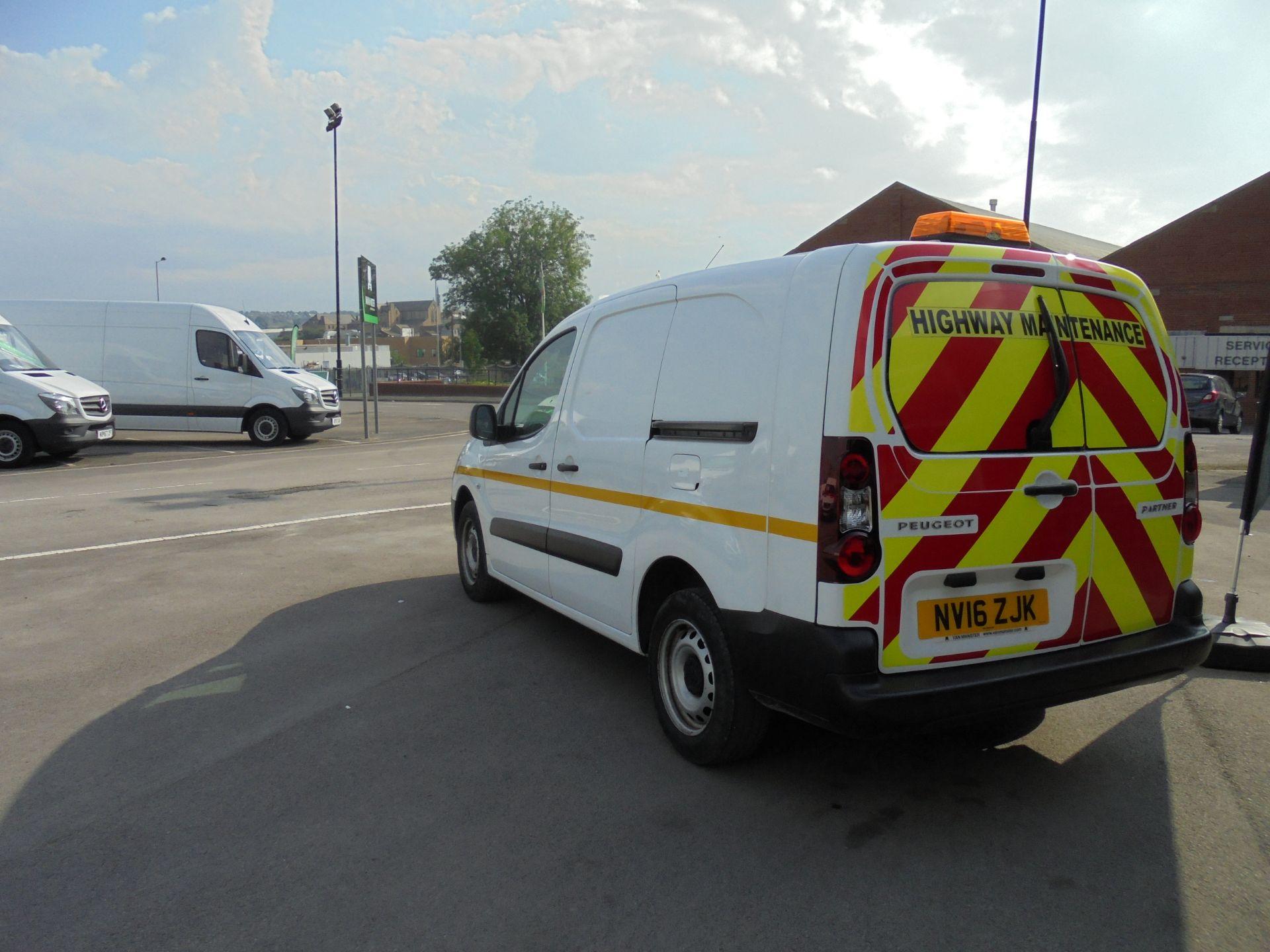 2016 Peugeot Partner 715 S 1.6 Hdi 92 Crew Van (NV16ZJK) Image 10