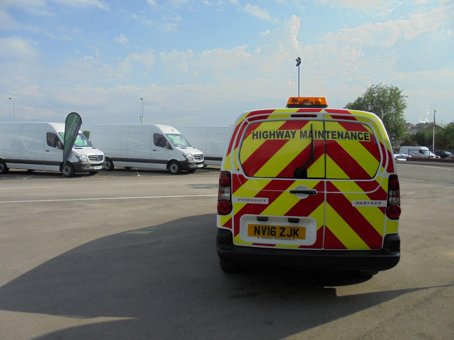 2016 Peugeot Partner 715 S 1.6 Hdi 92 Crew Van (NV16ZJK) Image 9