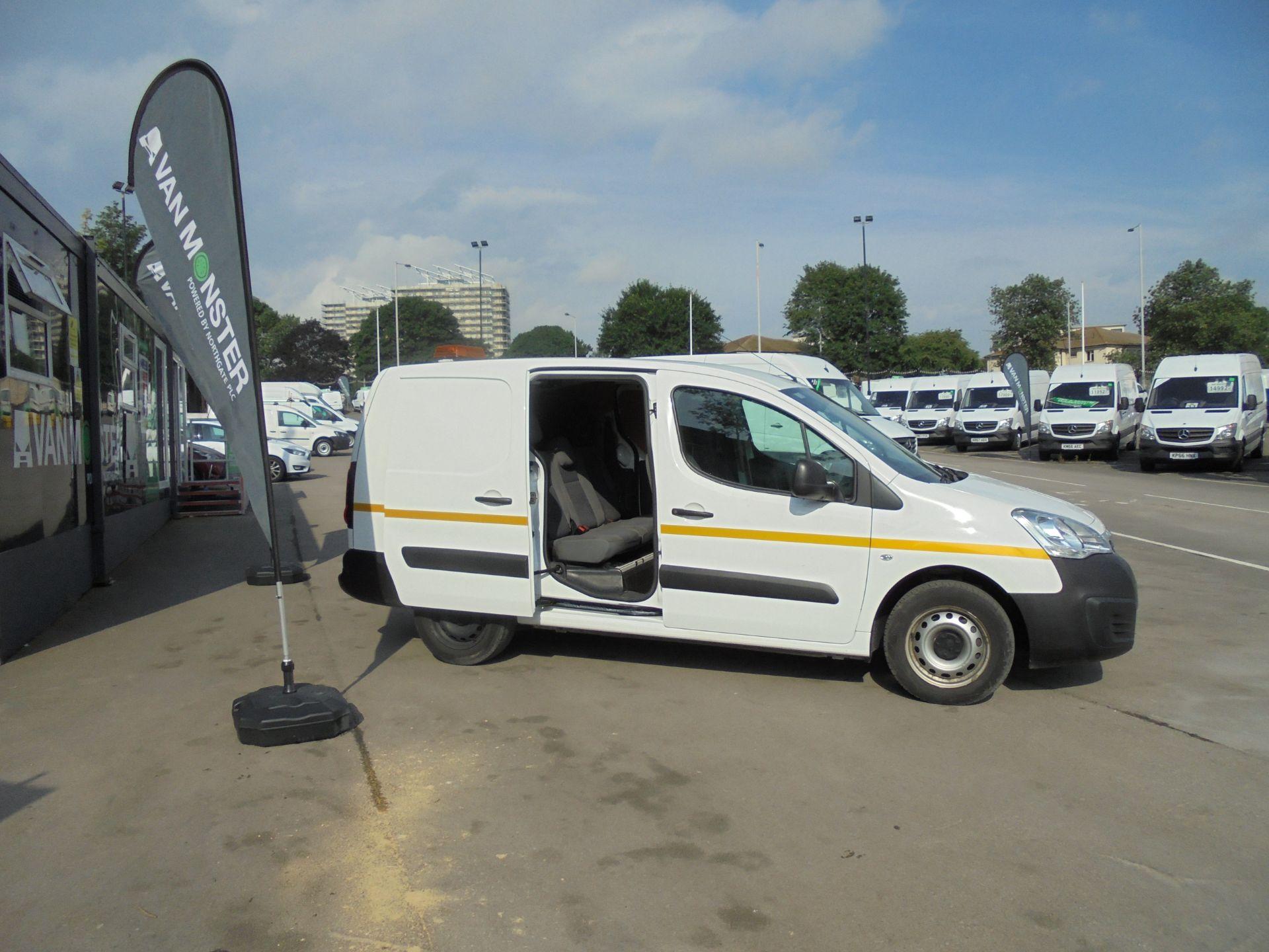 2016 Peugeot Partner 715 S 1.6 Hdi 92 Crew Van (NV16ZJK) Image 7