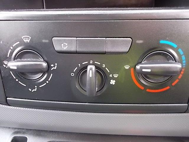 2016 Peugeot Partner L1 850 S 1.6 92PS [SLD] EURO 5 (NV16ZXC) Image 19
