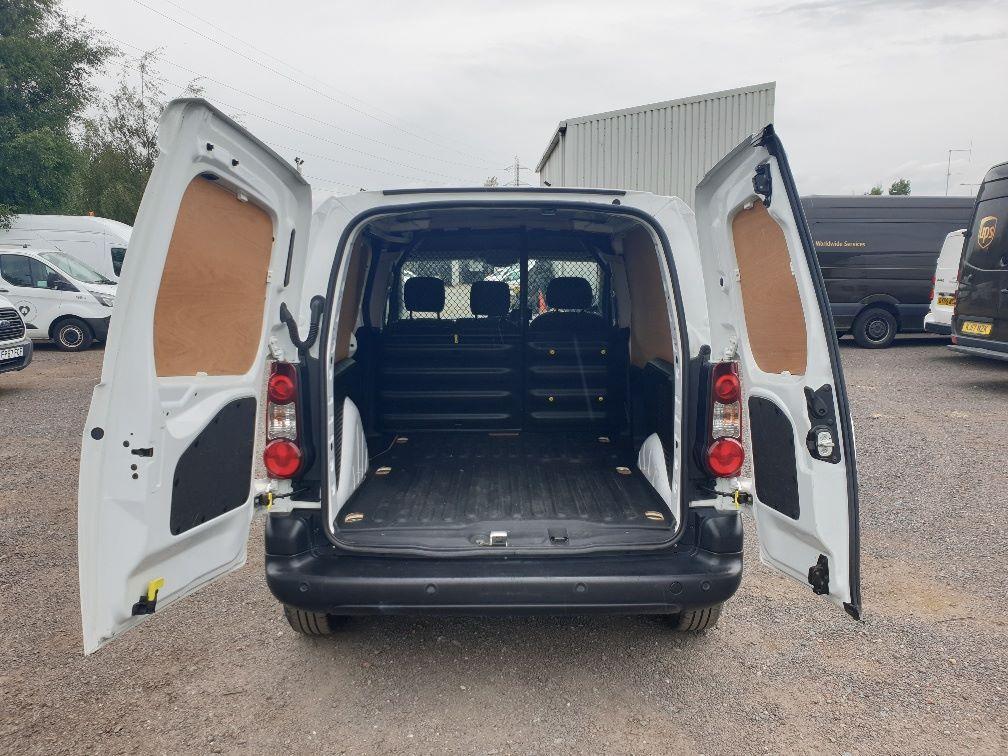 2017 Peugeot Partner L1 850 1.6 BLUEHDI 100 PROFESSIONAL (NON S/S)EURO 6 (NV17DKL) Image 10
