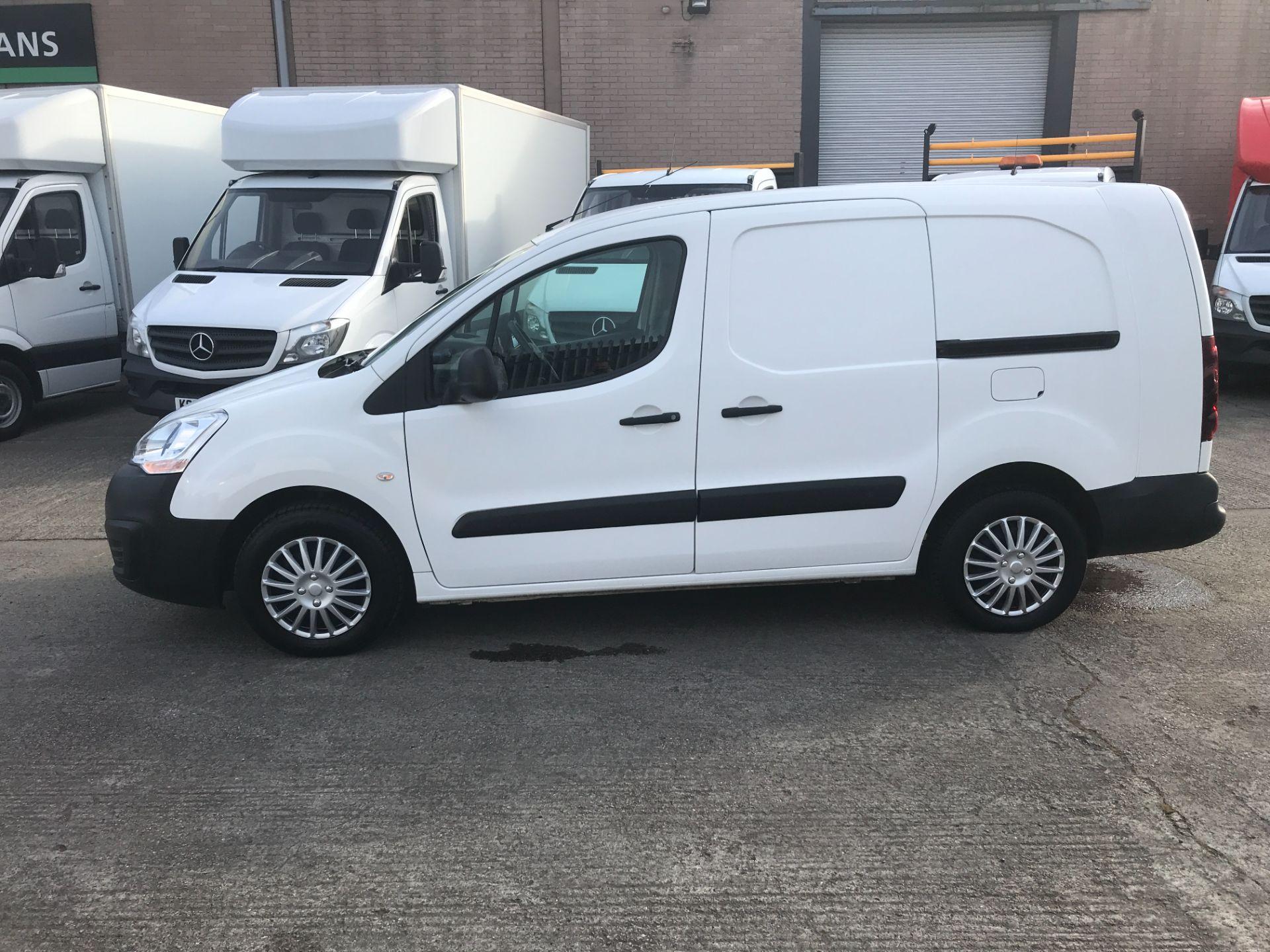 2017 Peugeot Partner 715 S 1.6BLUEHDI 100PS CREW VAN EURO 6 (NV17DKX) Image 4