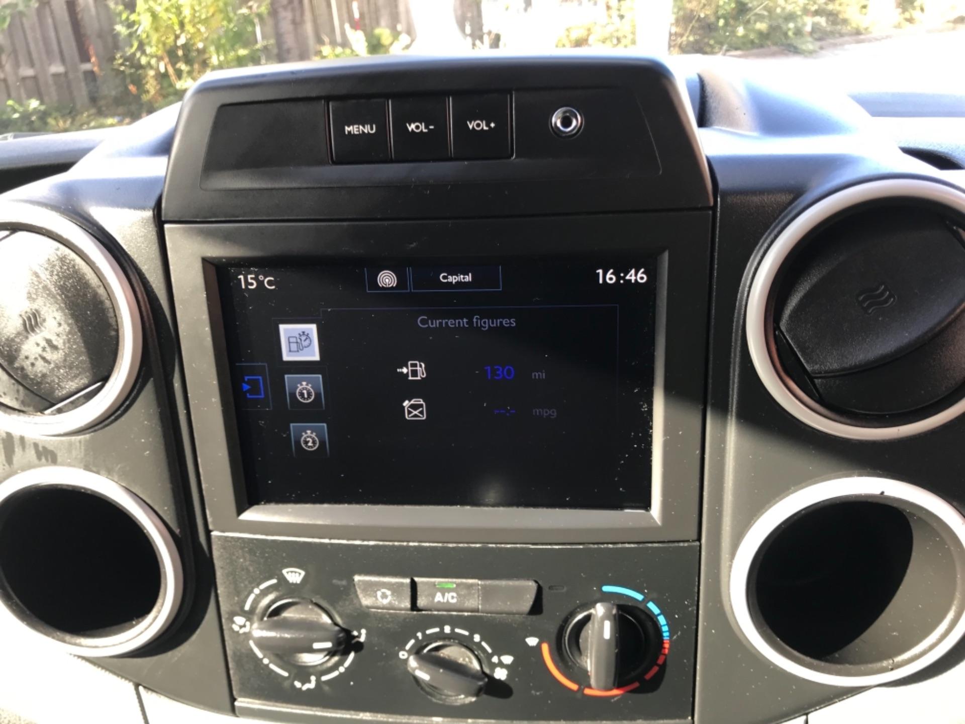 2017 Peugeot Partner 850 1.6 Bluehdi 100 Professional Van [Non Ss] EURO 6 (NV17DLK) Image 9
