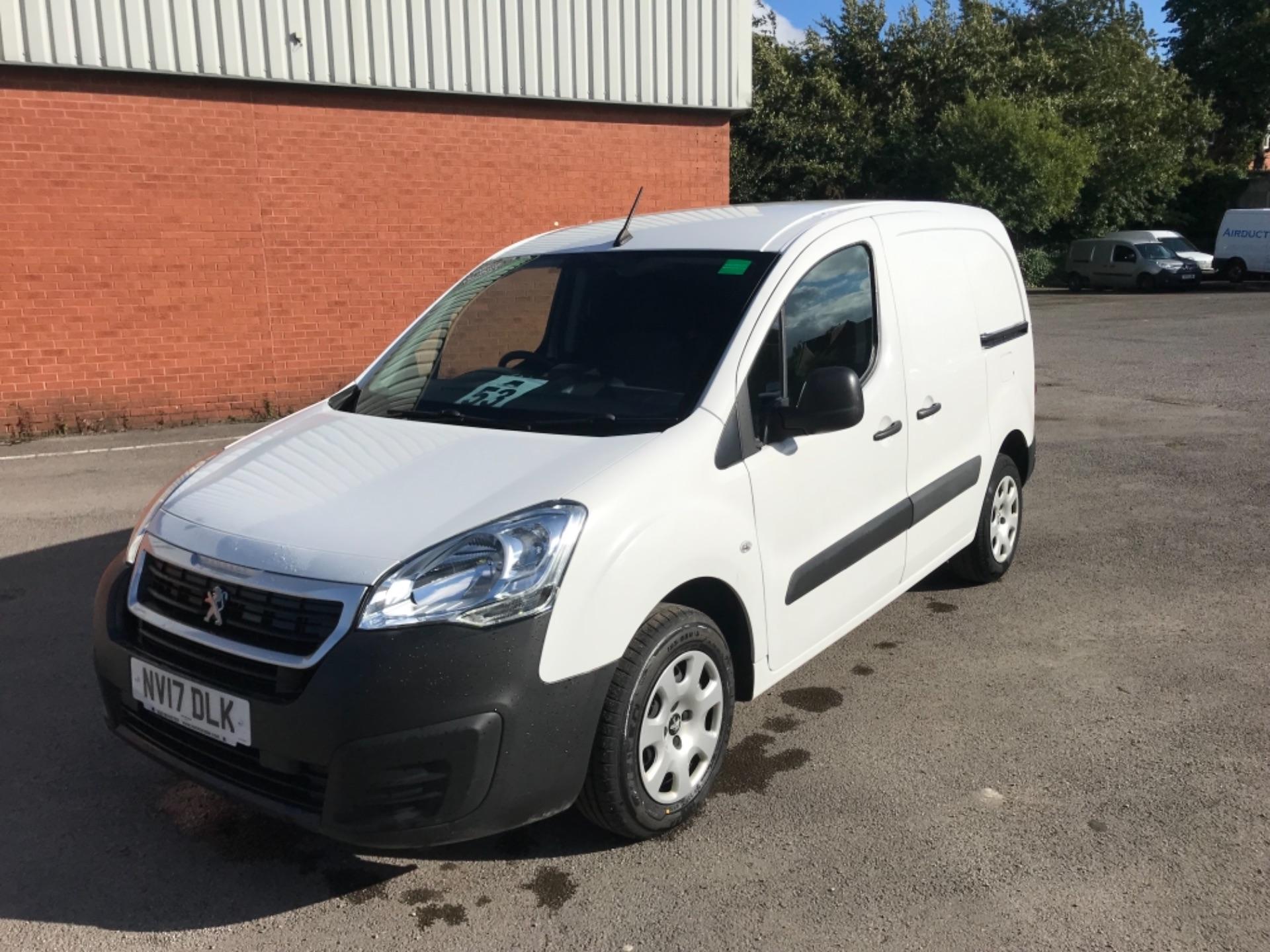 2017 Peugeot Partner 850 1.6 Bluehdi 100 Professional Van [Non Ss] EURO 6 (NV17DLK) Image 3