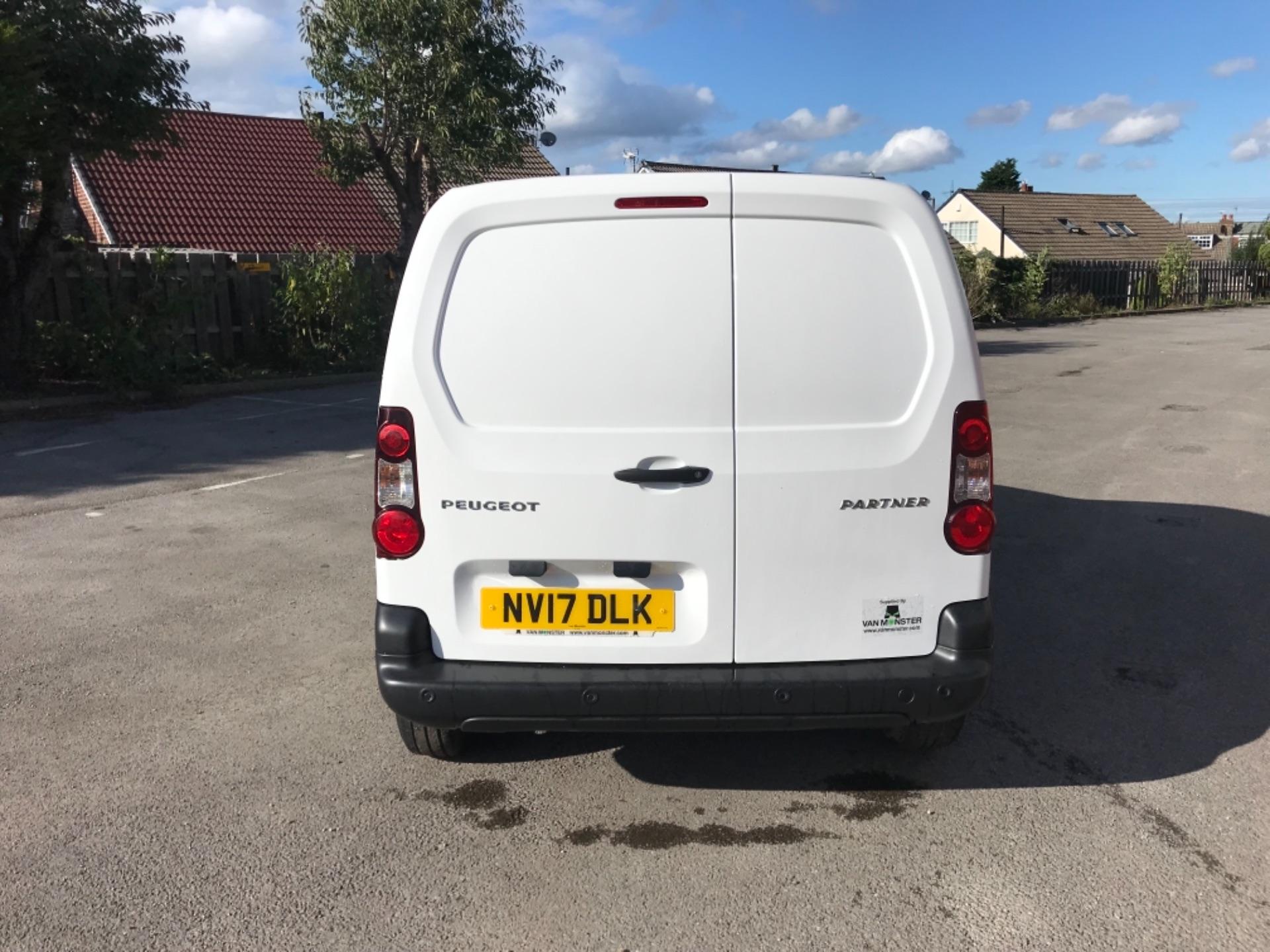 2017 Peugeot Partner 850 1.6 Bluehdi 100 Professional Van [Non Ss] EURO 6 (NV17DLK) Image 6