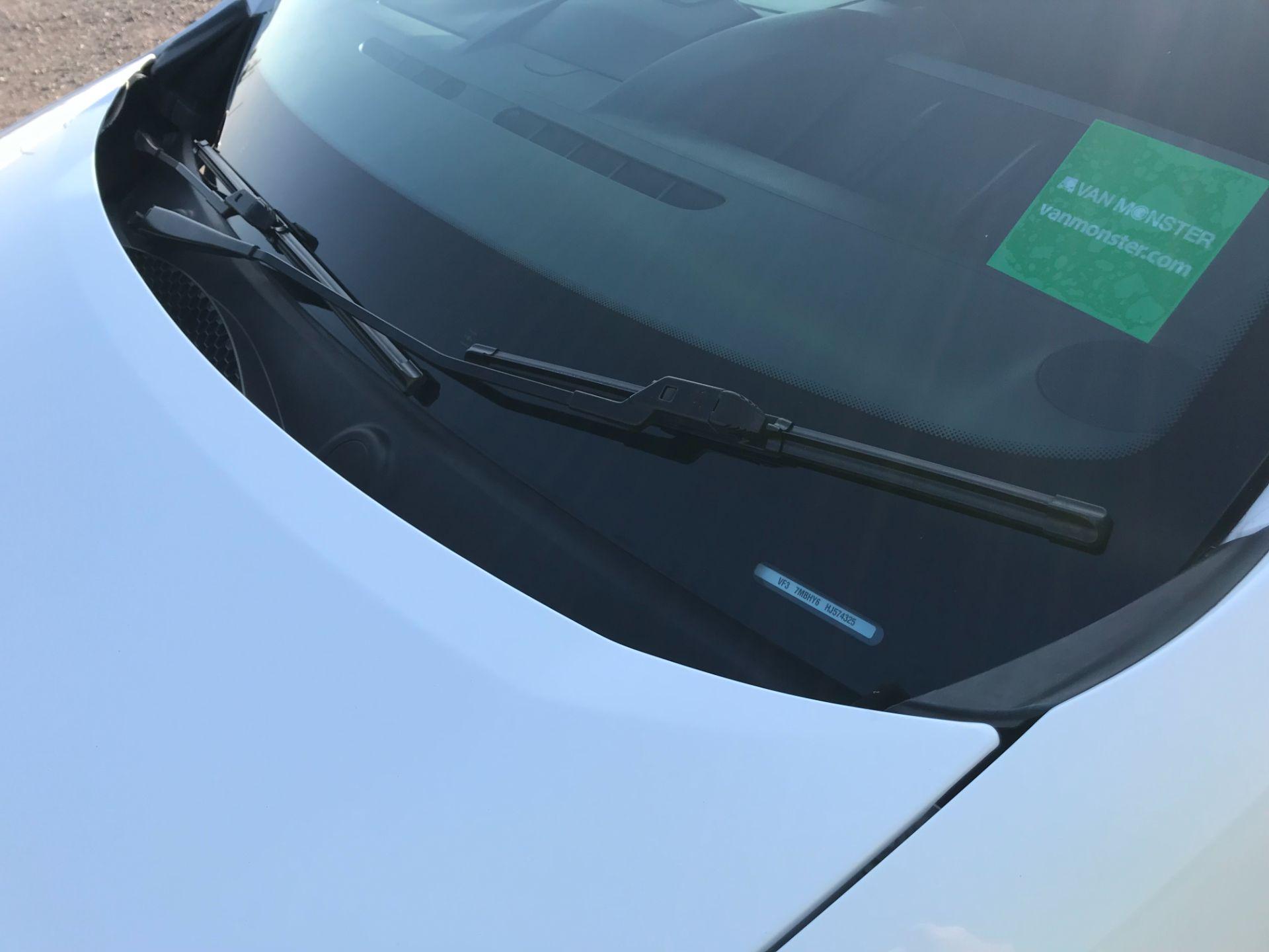 2017 Peugeot Partner 715 S 1.6 Bluehdi 100 Crew Van (NV17DVJ) Image 33