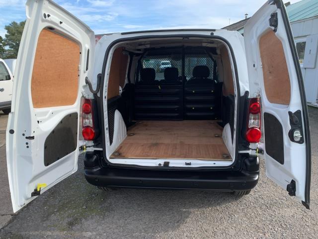 2017 Peugeot Partner 850 1.6 Bluehdi 100 Professional Van [Non Ss] (NV17EZA) Image 10