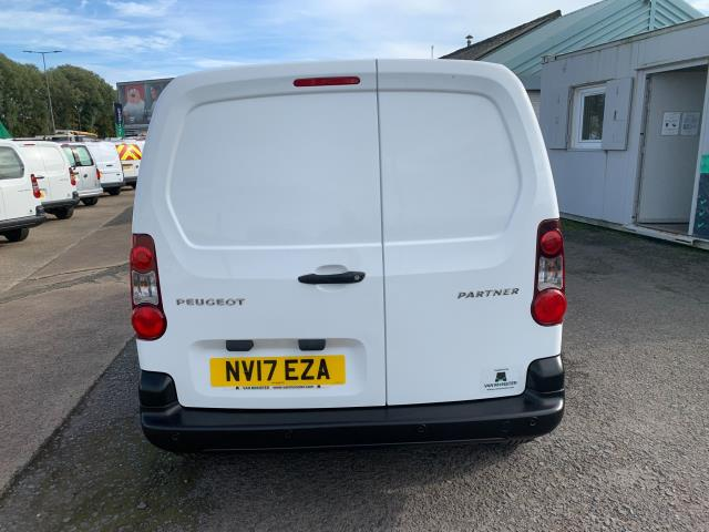2017 Peugeot Partner 850 1.6 Bluehdi 100 Professional Van [Non Ss] (NV17EZA) Image 9