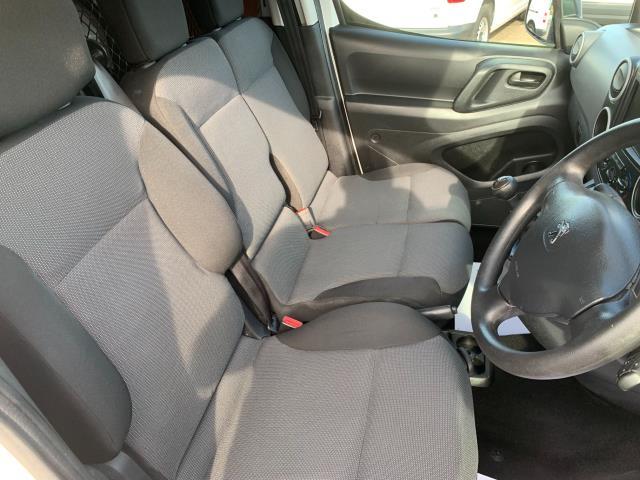 2017 Peugeot Partner 850 1.6 Bluehdi 100 Professional Van [Non Ss] (NV17EZA) Image 13