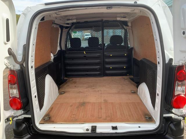 2017 Peugeot Partner 850 1.6 Bluehdi 100 Professional Van [Non Ss] (NV17EZA) Image 11