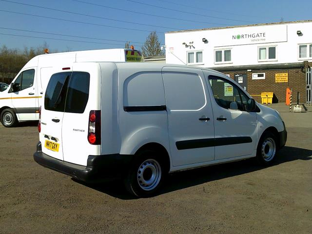 2017 Peugeot Partner L2 715 S 1.6 BLUEHDI 100 CREW VAN EURO 6 * SPEED RESTRICTED TO 70 MPH * (NV17GXY) Image 14