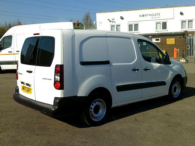 2017 Peugeot Partner L2 715 S 1.6 BLUEHDI 100 CREW VAN EURO 6 * SPEED RESTRICTED TO 70 MPH * (NV17GXY) Image 13