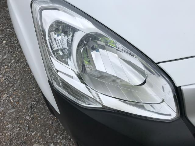 2017 Peugeot Partner  L2 715 S 1.6 BLUEHDI 100 CREW VAN EURO 6 (NV17HKT) Image 37