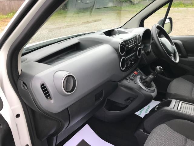 2017 Peugeot Partner  L2 715 S 1.6 BLUEHDI 100 CREW VAN EURO 6 (NV17HKT) Image 22