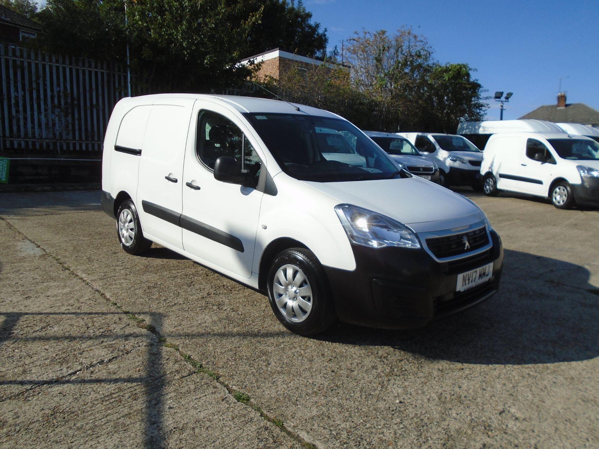 2017 Peugeot Partner 715 S 1.6 Bluehdi 100 Crew Van (NV17MMJ)