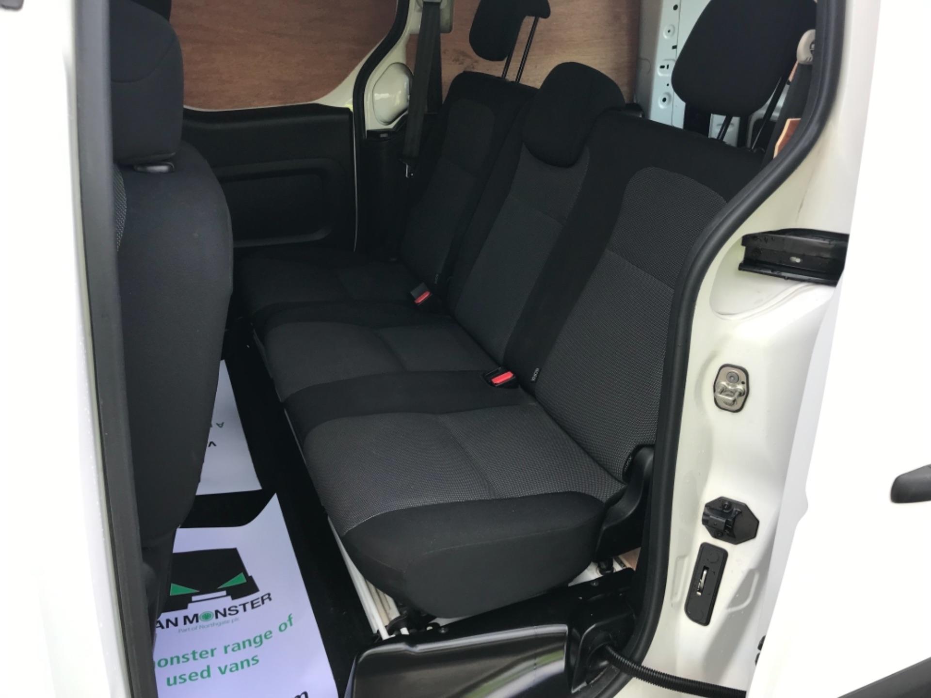 2017 Peugeot Partner 715 S 1.6 Bluehdi 100 Crew Van EURO 6 (NV17MMX) Image 19